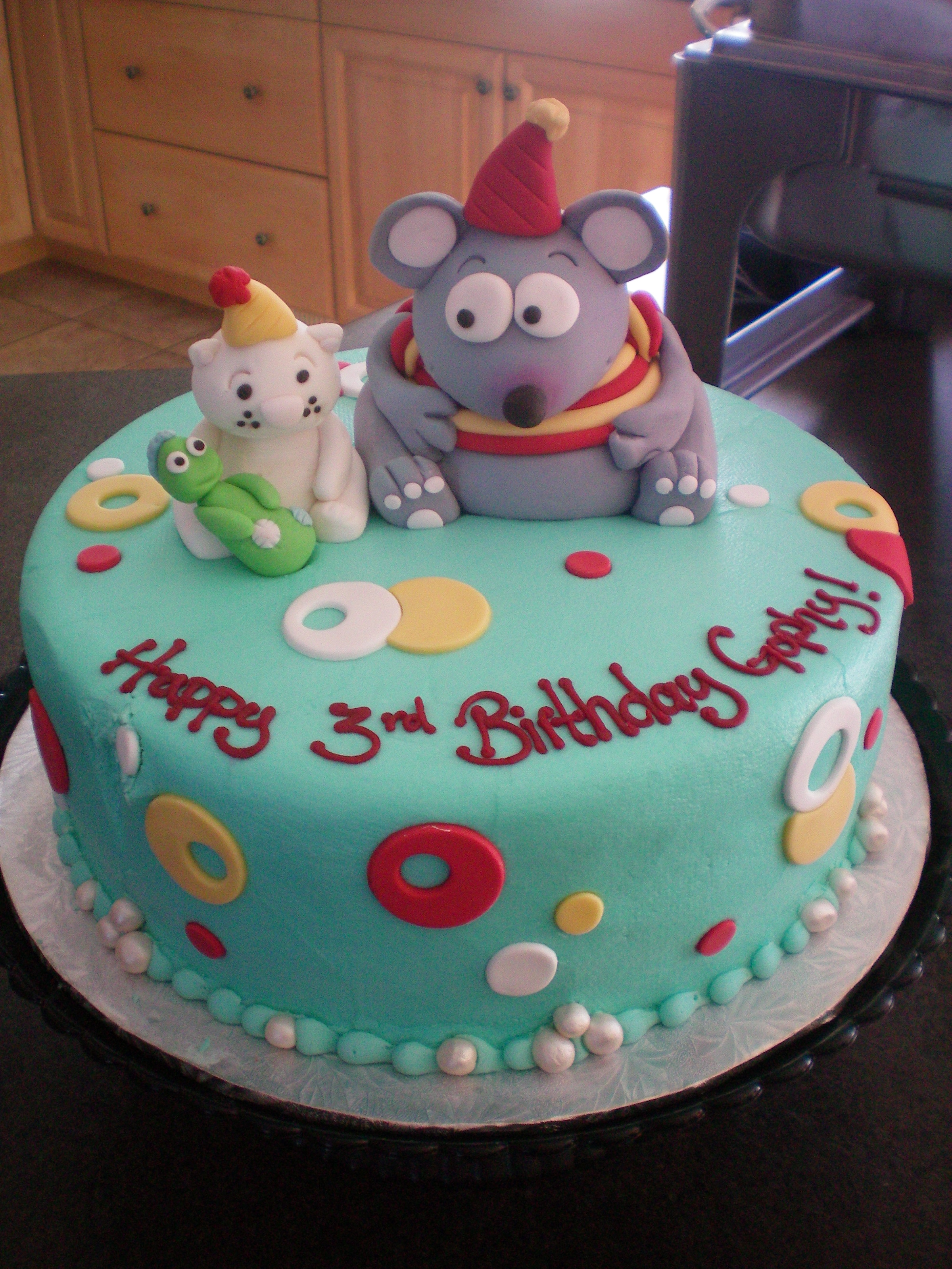 the toopy binoo and patchy patch cake outnumbered and loving it